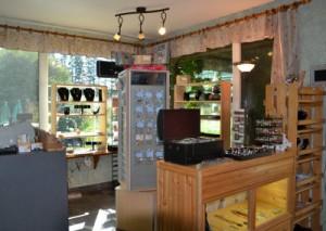 gift shop in tea room