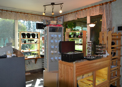 gift shop in tea room