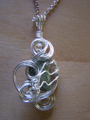 wire wrapped green jasper_necklace